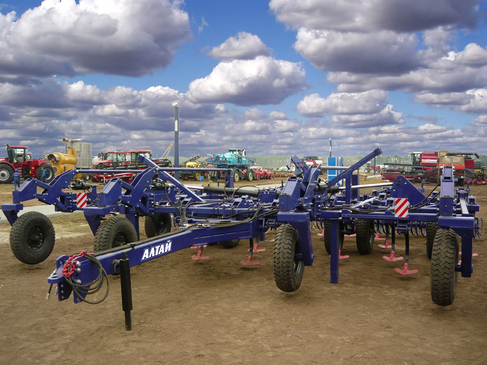 Культиватор-глубокорыхлитель КГ-7,2 «Алтай»
